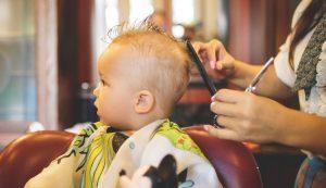 cut baby's hair